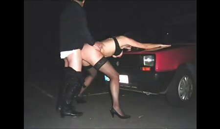 שיכור Tatar מנסה סרטים לצפייה ישירה בחינם סקס למצוץ זין כראוי בלי champing, והבחור לסחוט לצלם בטלפון
