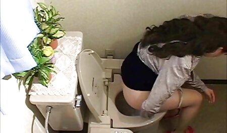בשלב האחרון של האקסטזה, הקזחית לא יכלה צפייה ישירה בסרטי סקס לרסן ופליטה עבה יצאה מהנרתיק