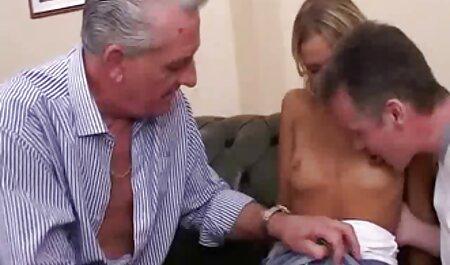 ורוניקה שיכורה מאוד ולא סקסלצפיה חינם מבינה מתי צילמו אותה בטלפון עירומה עם חבר ב