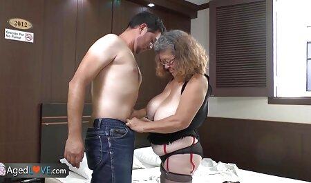 תפסתי את אשתי סרטי סקס חינם לצפייה ישירה במיטה עם שכן צעיר (2019)