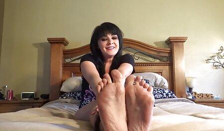 אליסה מישל עם סרטים ארוטים לצפיה השד